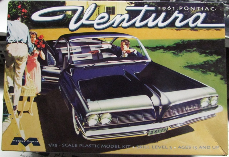 Moebius 1961 Pontiac Ventura  001-vi