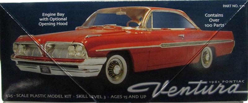 Moebius 1961 Pontiac Ventura  003-vi
