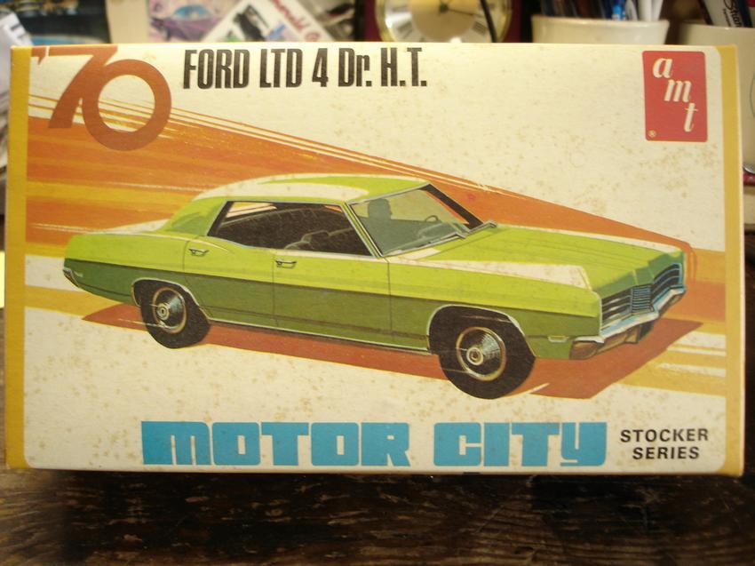AMT 70 Ford LTD 4 Dr. H.T. - Car Kit News & Reviews - Model Cars ...