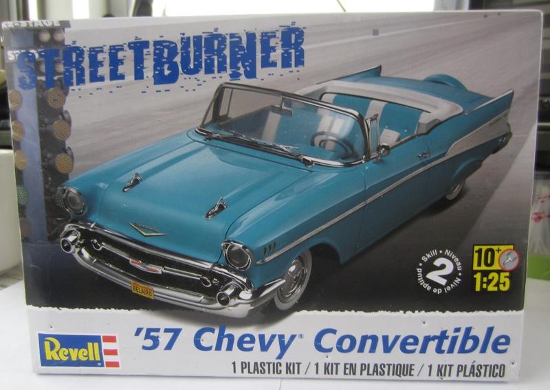1957 Chevrolet Bel Air décapotable, Revell, terminé et Paul anka  014-vi