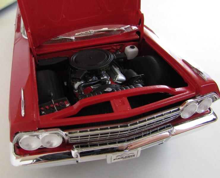 1962 Chevrolet Impala Revell terminé et les Beach boys 075-vi