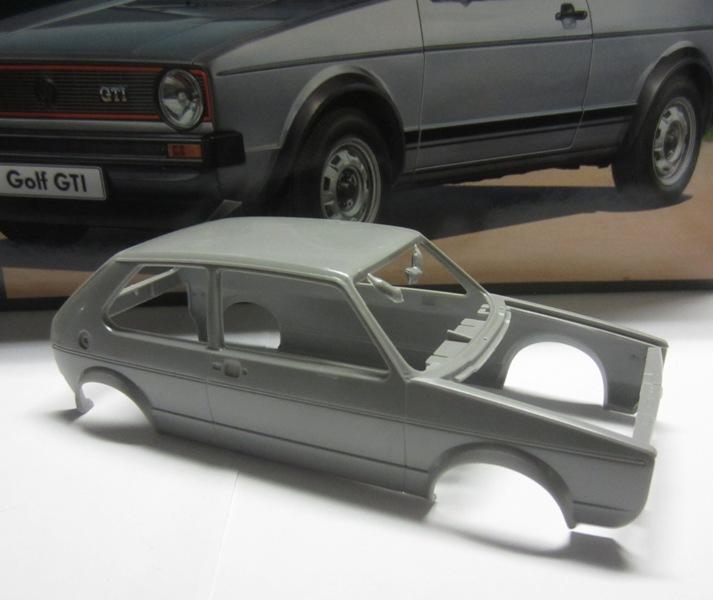 REVELL  Volkswagen Golf I  GTI et Cabriolet!  082-vi