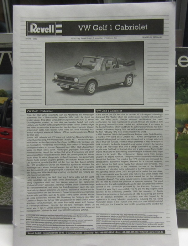 REVELL  Volkswagen Golf I  GTI et Cabriolet!  132-vi