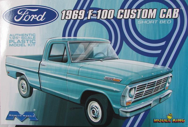 Moebius Ford F100 1969 et le Ford Ranger 1971 0822-vi