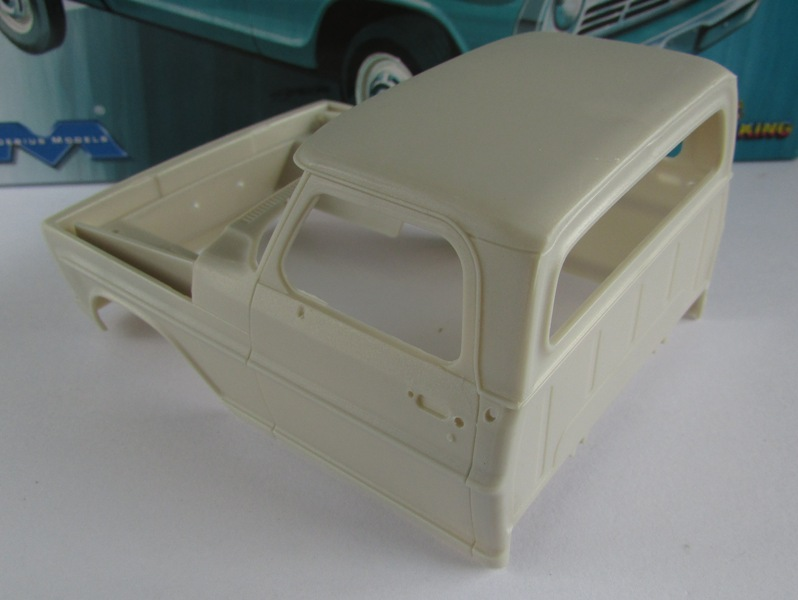 Moebius Ford F100 1969 et le Ford Ranger 1971 0892-vi
