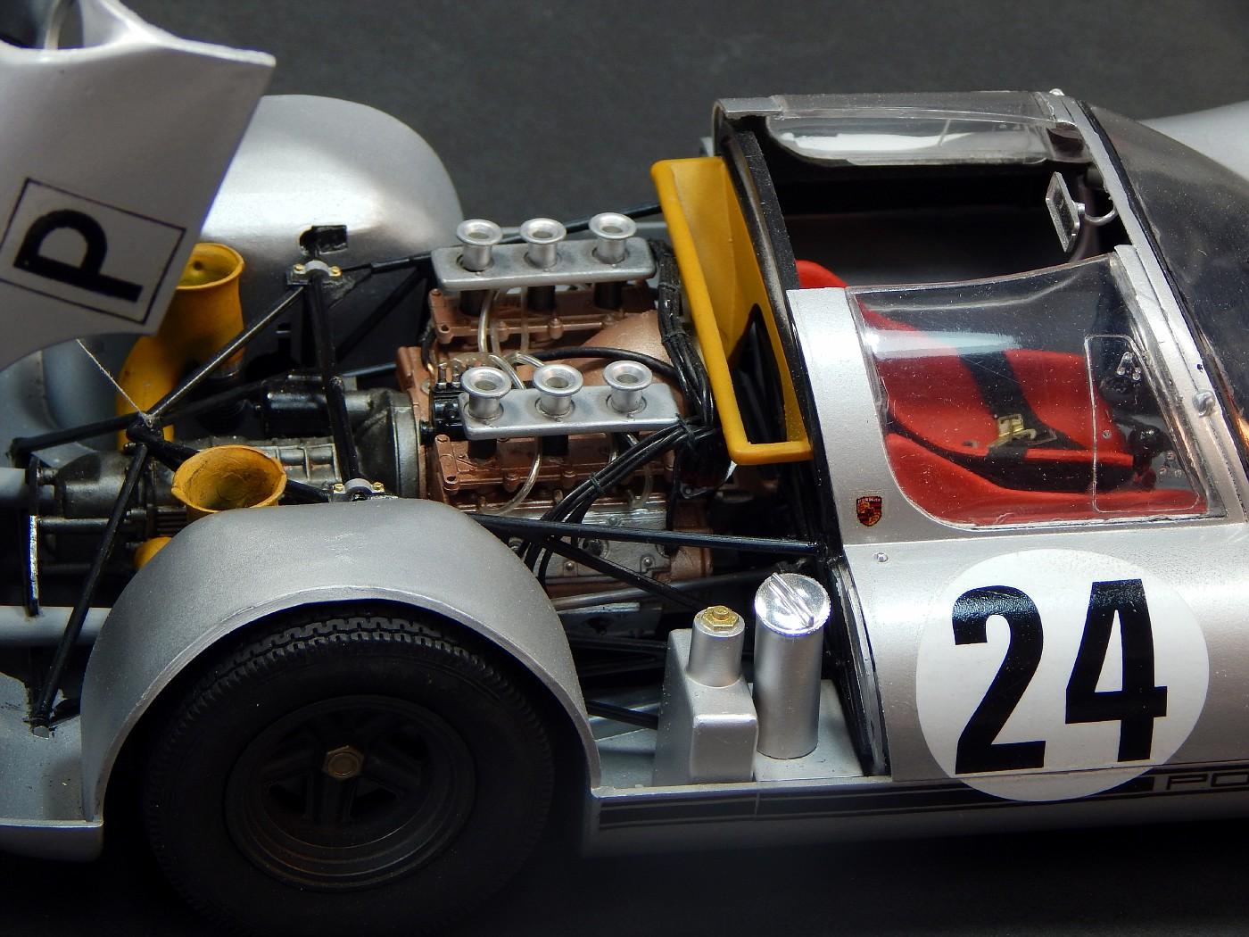 Porsche910_m-vi.jpg