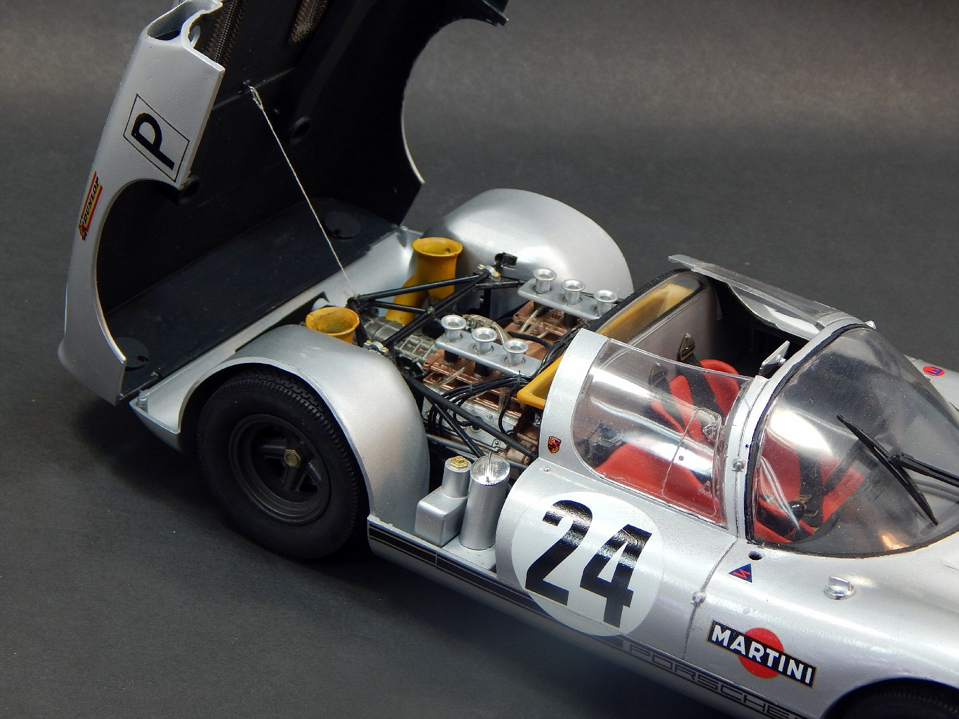 Porsche910_n-vi.jpg