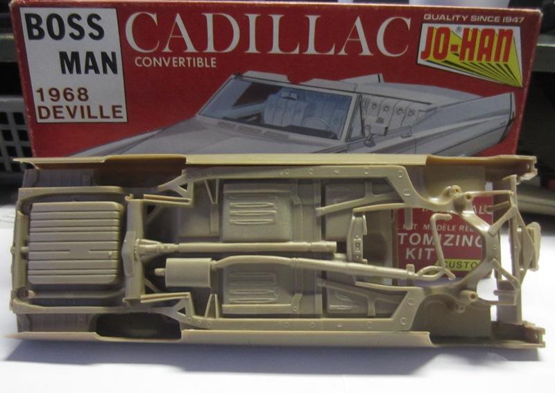 1968 Cadillac Deville décapotable (Johan) 017-vi