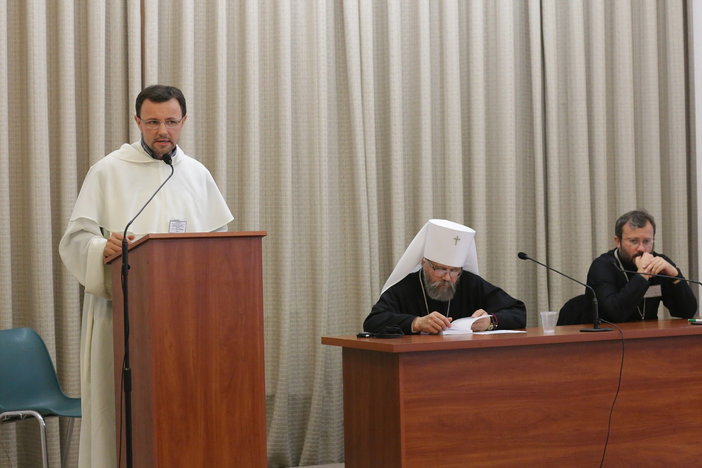 Presentation by Rev. Petro Balog OP (Kyiv).  Session moderated by Metropolitan Augustine (Markevych) and Rev. Cyrill (Hovorun)