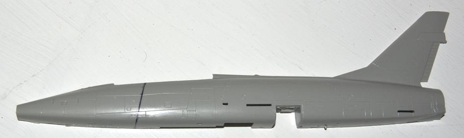 F100F001-vi.jpg