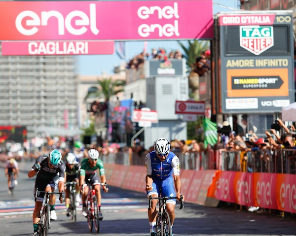 Gavira celebrates wins Stage 3 Giro 2017