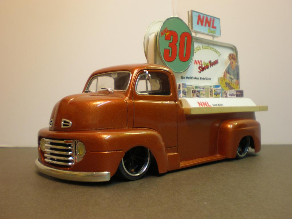 "FORD COE 1950 advertising ""NNL East 30th"" Ford50COE77-vi"