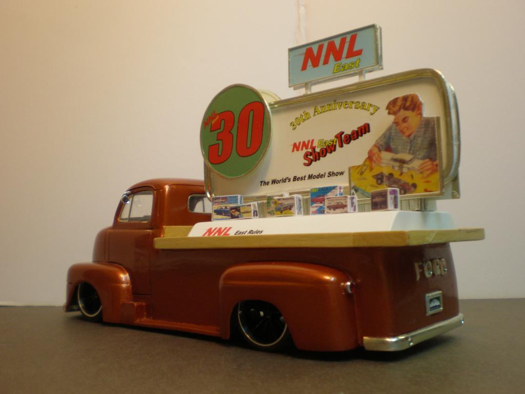"FORD COE 1950 advertising ""NNL East 30th"" Ford50COE78-vi"