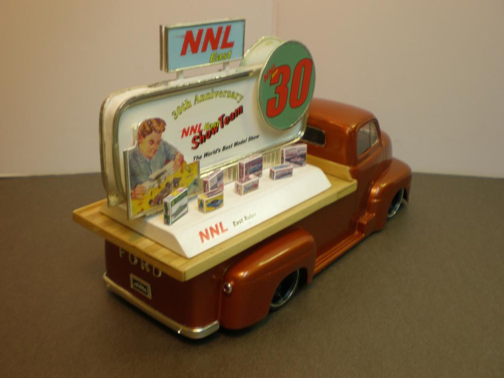"FORD COE 1950 advertising ""NNL East 30th"" Ford50COE90-vi"