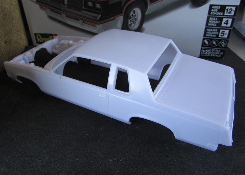 1983 Oldsmobile Hurst par Revell  011-vi