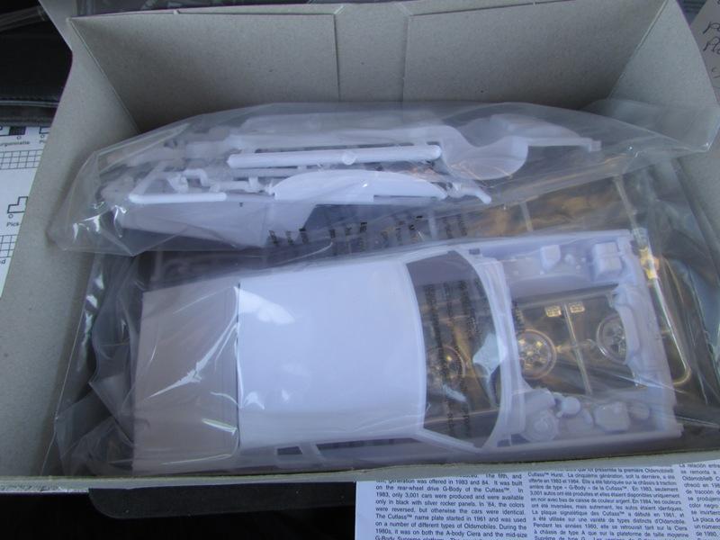 1983 Oldsmobile Hurst par Revell  005-vi