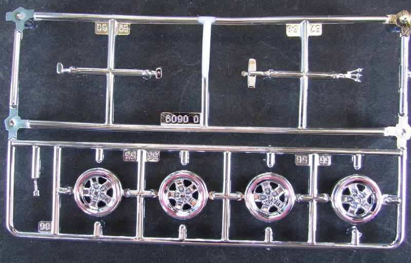 1983 Oldsmobile Hurst par Revell  045-vi