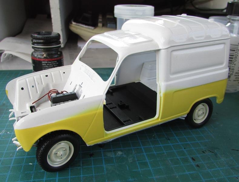"Renault 4 fourgonnette ""Service Renault"" grosse avancé!  026-vi"