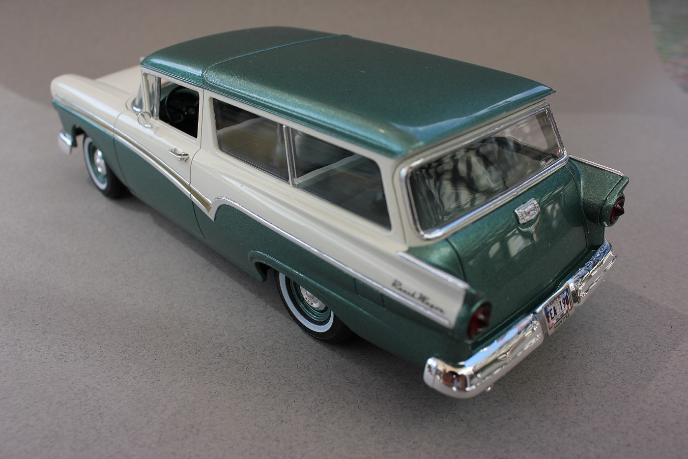 Revell 1957 Ford Del Rio Ranch Wagon - FineScale Modeler - Essential