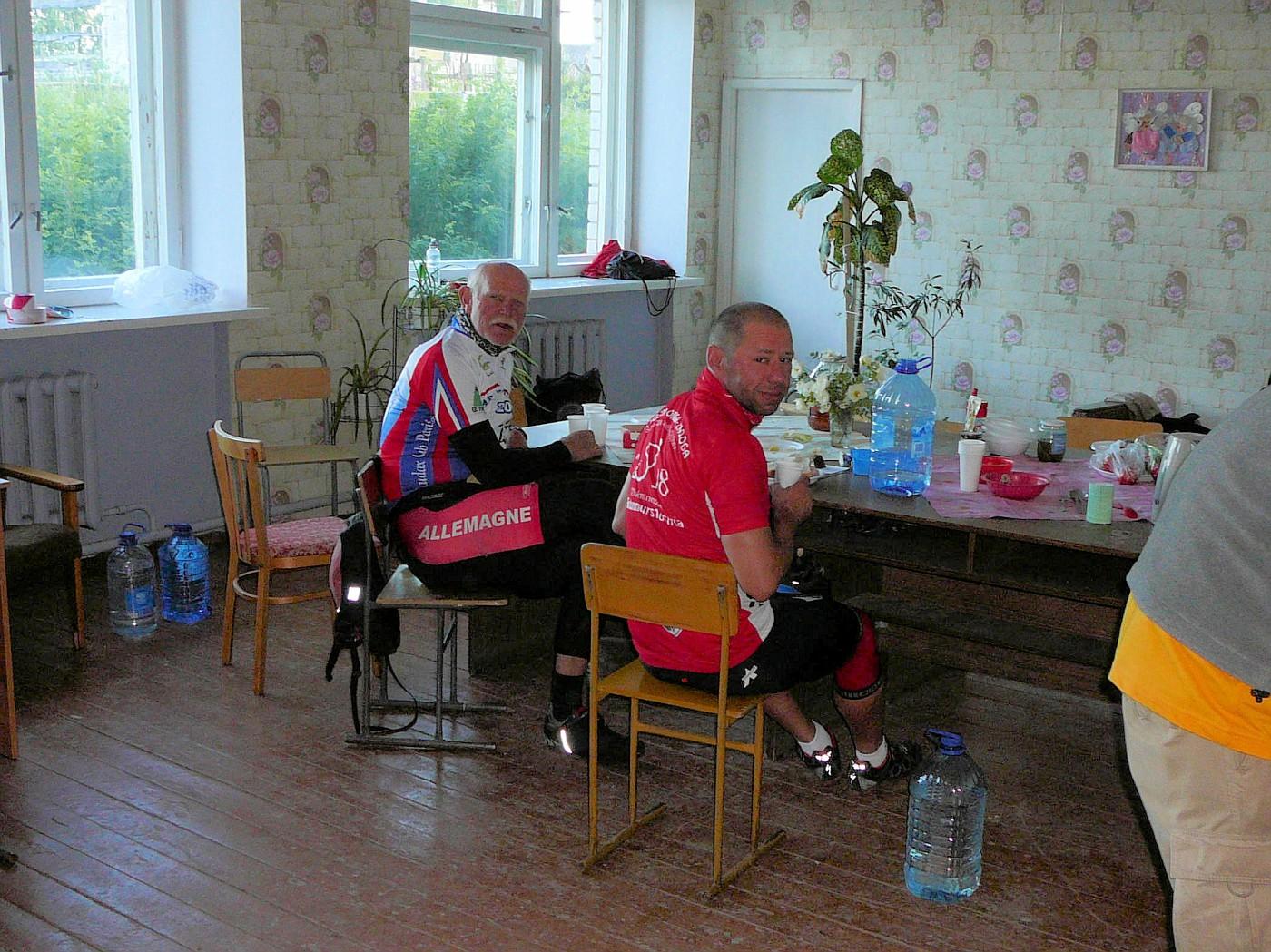 Claus & Peter in Novaya Vilga