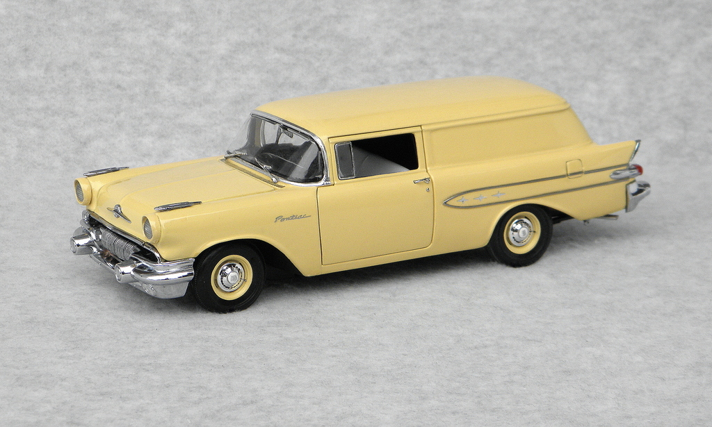 Diecast Forums 1:24, 1:18, 1:43 scales  - (PICS) Stock '57