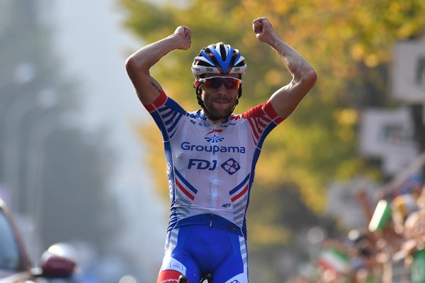 Pinot takes the win in Como