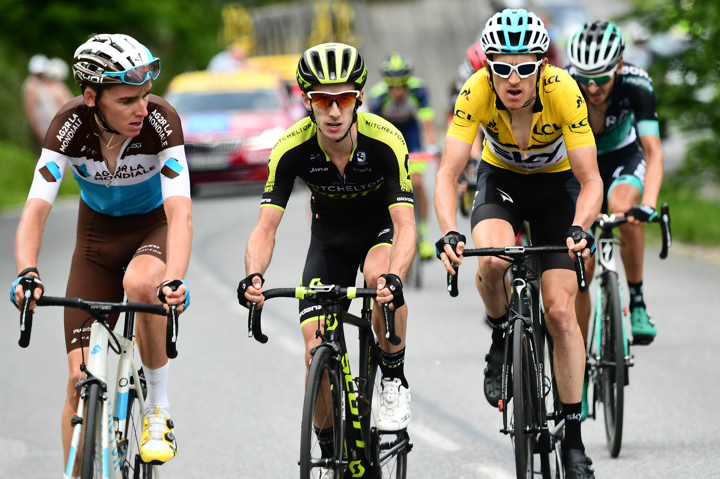 Bardet, Yates and Thomas battle it out on  Stage 7