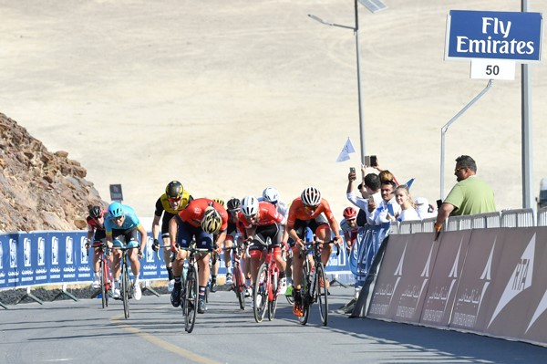 Dubai Tour, stage 4: Colbrelli wins on Hatta Dam; Viviani defends lead