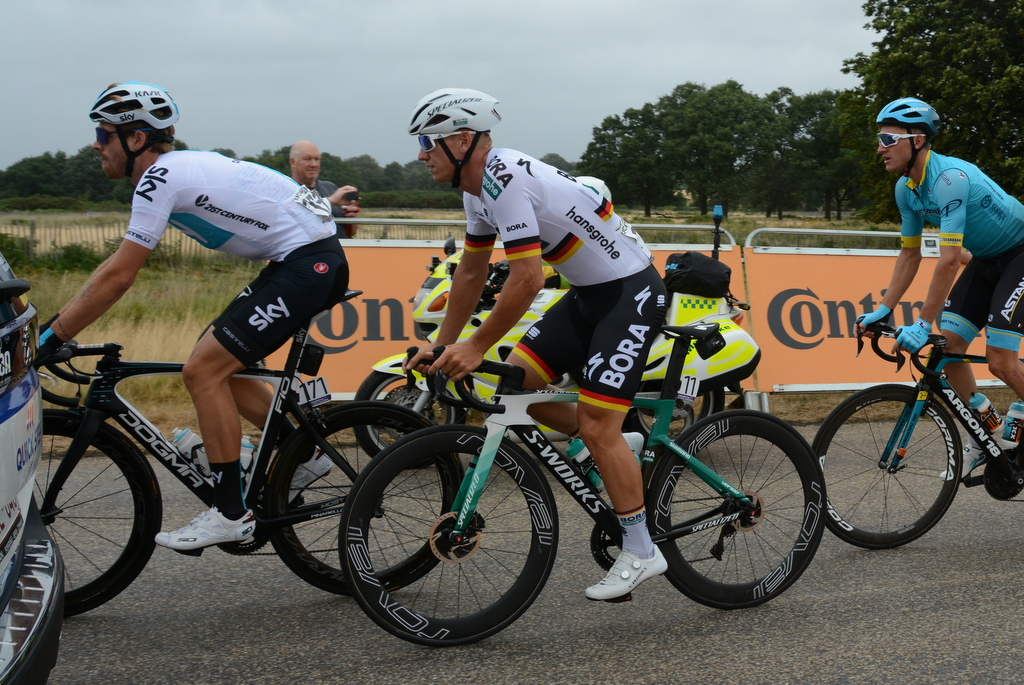 Prudential Ride London Classic - Ackermann in early action